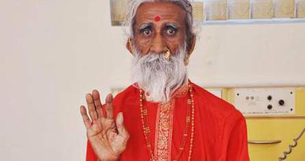 O indiano sinistro que está sem comer nem beber há mais de 60 anos