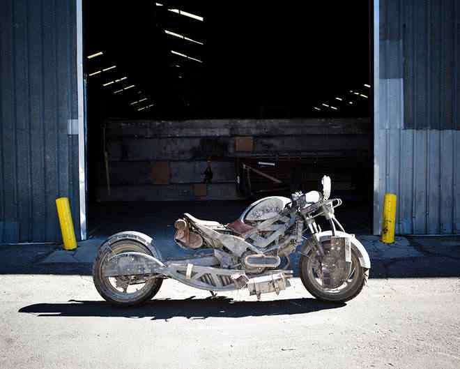 """Como fazer a moto do filme """"Padre"""""""