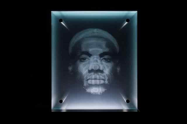 Retrato no vidro