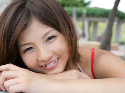 Os dentistas que entortam o dente das pessoas no Japão