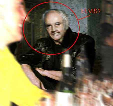 Elvis não morreu?