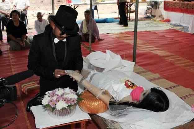 O homem que casou com o cadáver