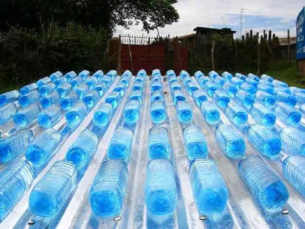 Conheça a mulher que bebe 25 litros de água por dia