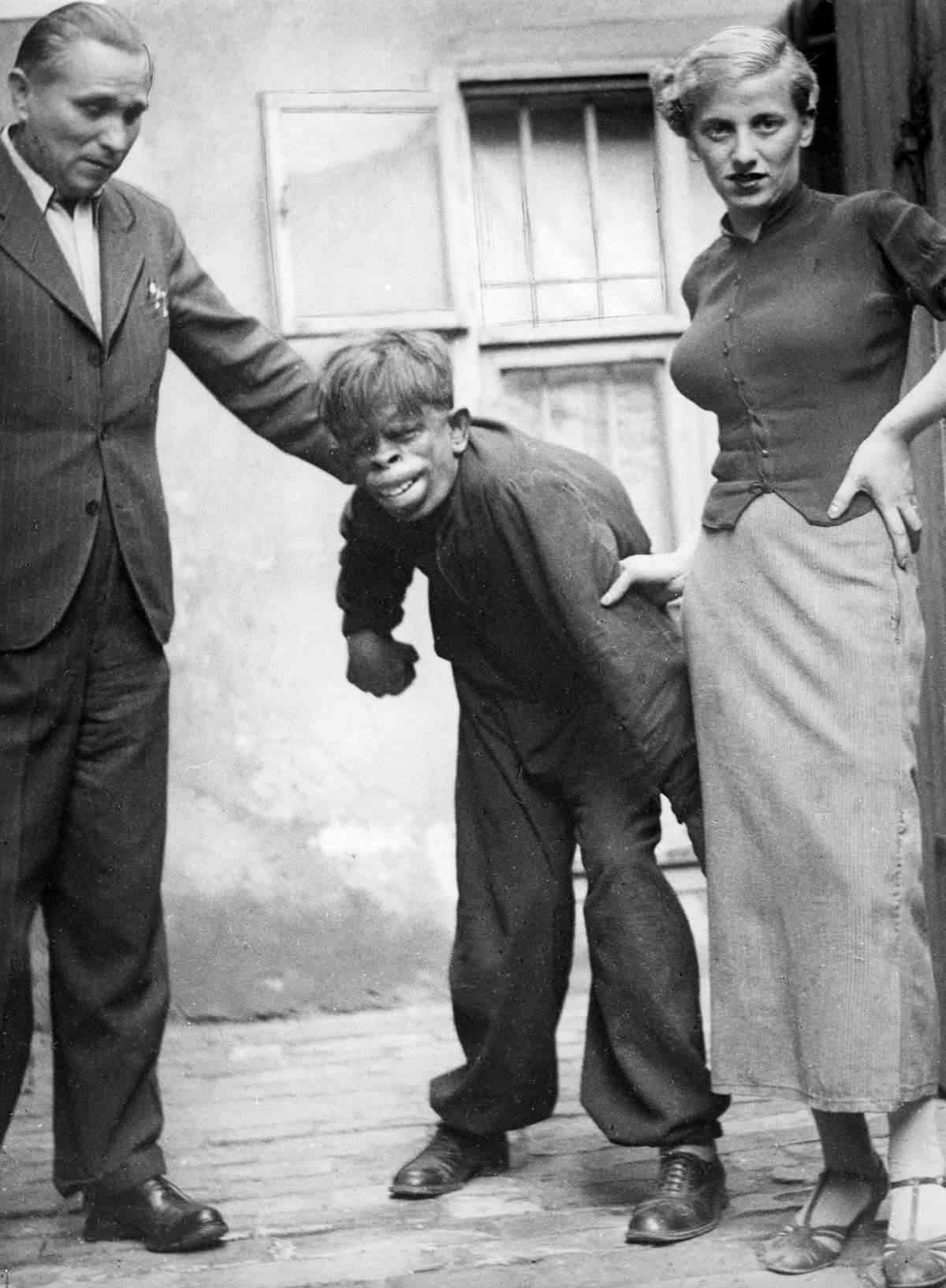 O homem macaco de 1937 e outros seres estranhos da floresta