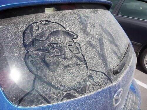 Arte em carros sujos