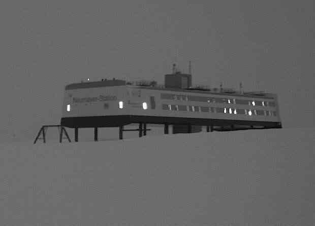 O estranho objeto que sobrevoou a estação Neumayer