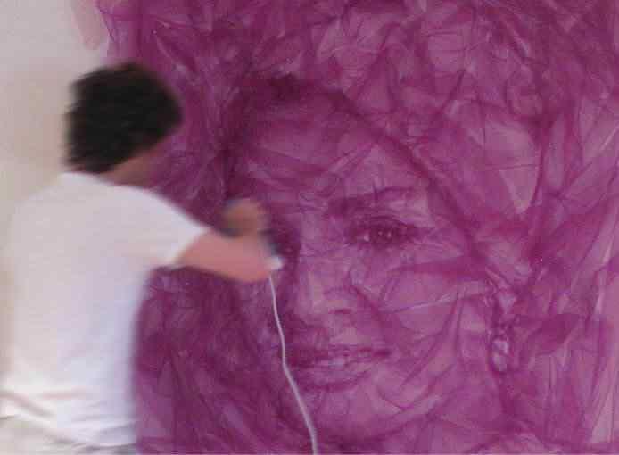 12 sheika A incrível arte de Benjamin Shine usando ferro de passar