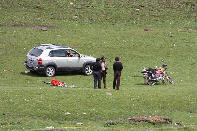 0 ef738 37bbb2fa orig Sepultamento celestial no Tibete (AVISO: não recomendado para pessoas impressionáveis)