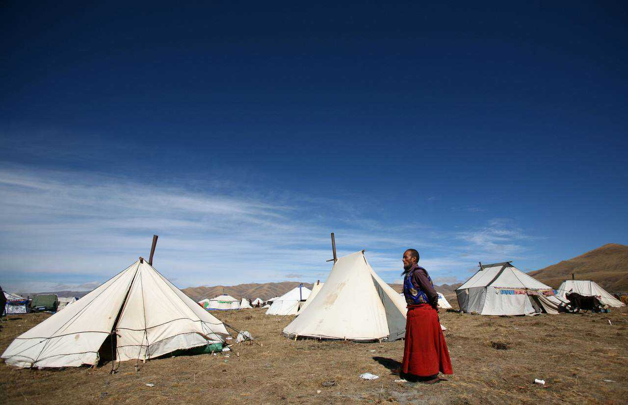 0 ef775 2a4494b1 orig Sepultamento celestial no Tibete (AVISO: não recomendado para pessoas impressionáveis)
