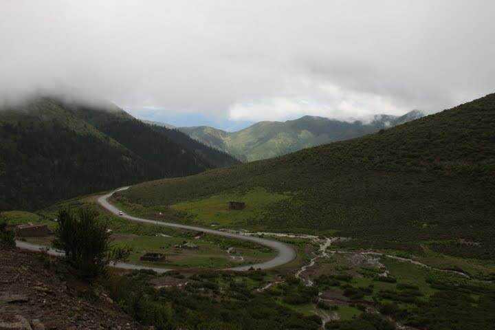 0 ef778 8995b8aa orig Sepultamento celestial no Tibete (AVISO: não recomendado para pessoas impressionáveis)