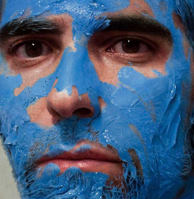 hyperrealistic self portraits paint on face by eloy morales 4 Isso não é a foto de um sujeito com tinta na cara