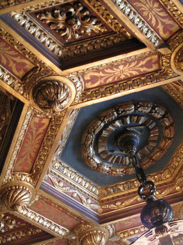 hearst-castle-ceiling