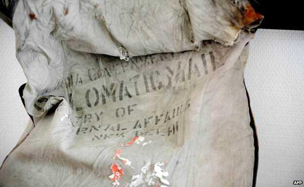 O saco de correio diplomático localizado nas montanhas