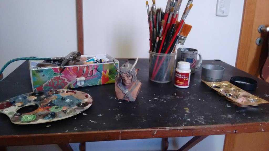 Eu pego meus bagulhos e começo a pintura