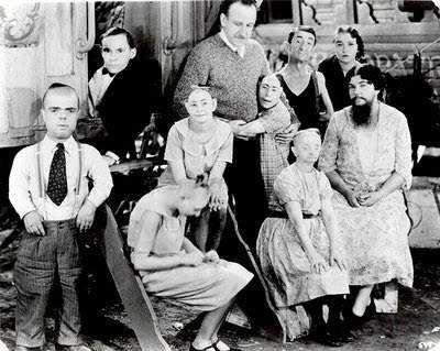 A deficiência espetacularizada no século XX