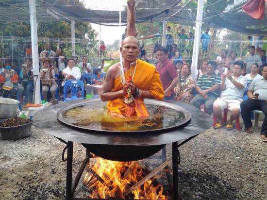 monk-in-boiling-oil-550x412
