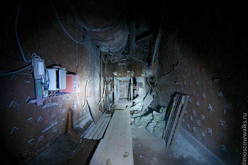 bunker42002-26