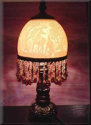 lamp out of ostrich egg Escultura no ovo