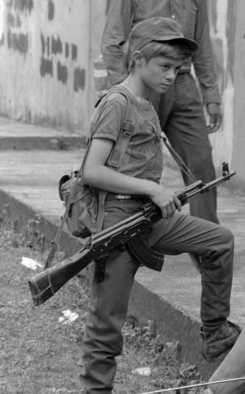 combatientes del ERP del norte de morazan en Perquin, Julio 1990