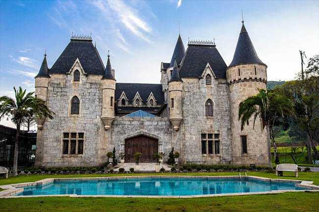Os castelos.... No Brasil!