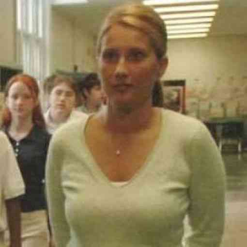 female_teachers_accused_of_having_relationships_with_their_students_640_10