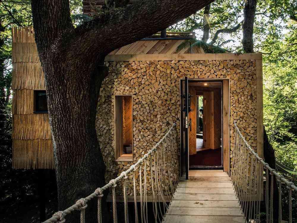 Uma casa na árvore