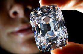 """""""Diamonds are forever"""" - trouxas também"""