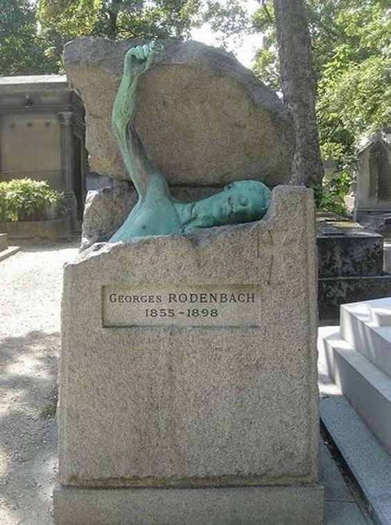 Estatuas macabras