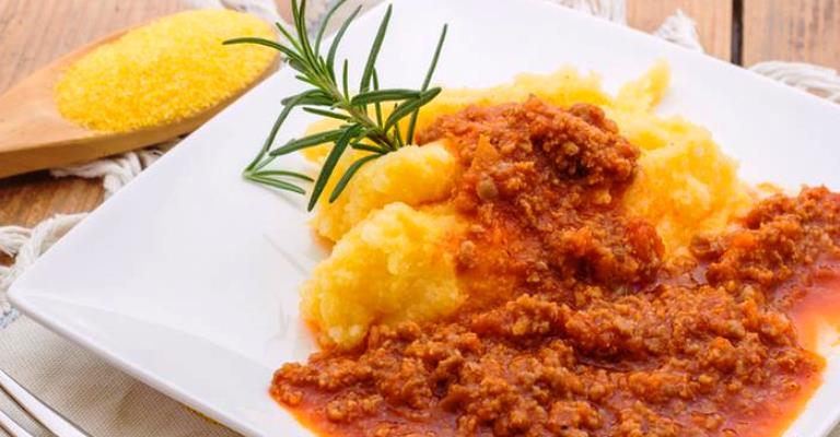 Polenta, de comida pobre a iguaria italiana