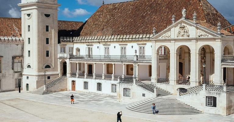 A tradição das tunas acadêmicas em Portugal