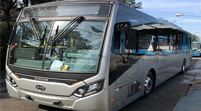 Uberlândia começa a trocar ônibus a diesel por elétrico