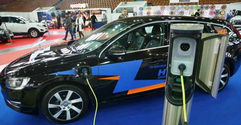 Volvo anuncia que só produzirá carros elétricos