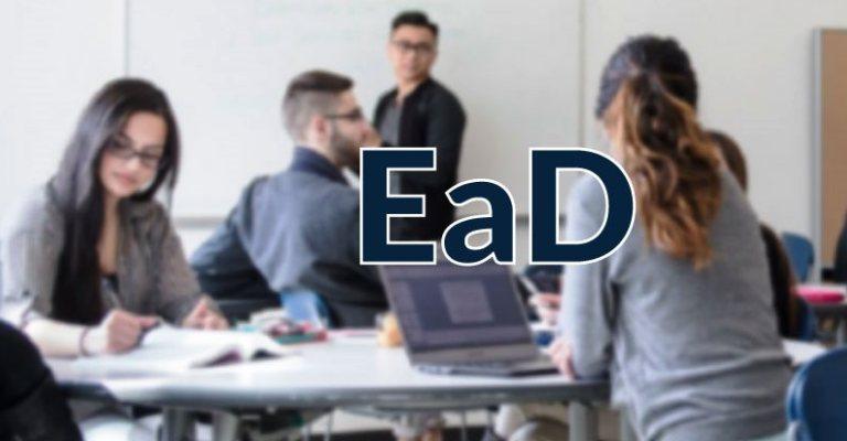 EAD ajuda a conciliar rotina com busca por conhecimento