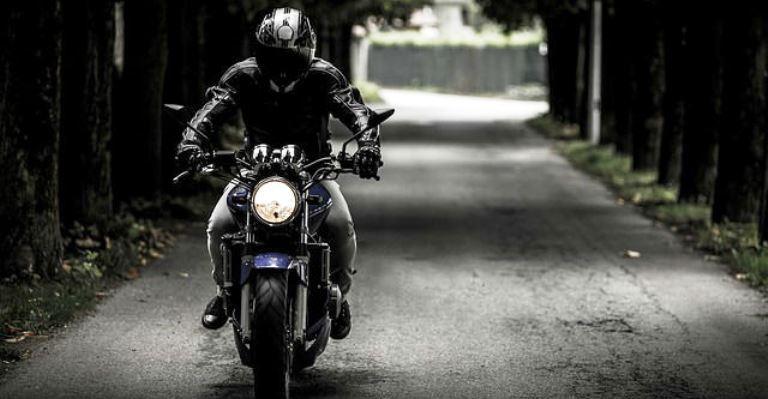 Rigor na habilitação de motociclista para reduzir acidentes