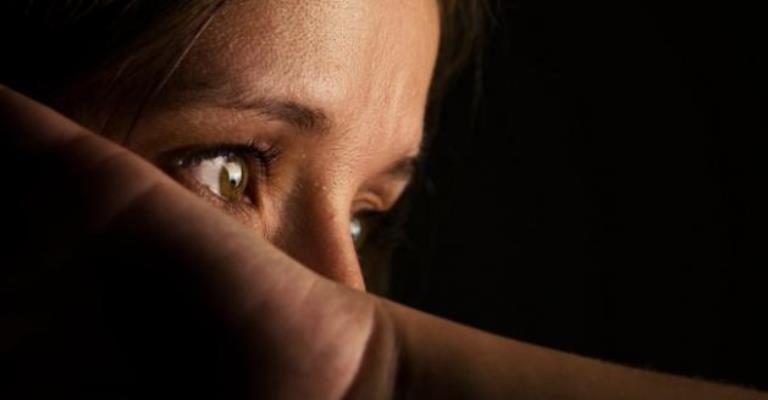 1/3 dos brasileiros responsabiliza a mulher pelo estupro