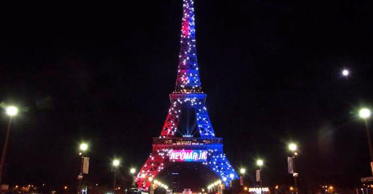 Torre Eiffel dá boas-vindas a Neymar