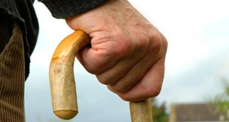 Quedas são a maior ameaça ao bem-estar dos idosos