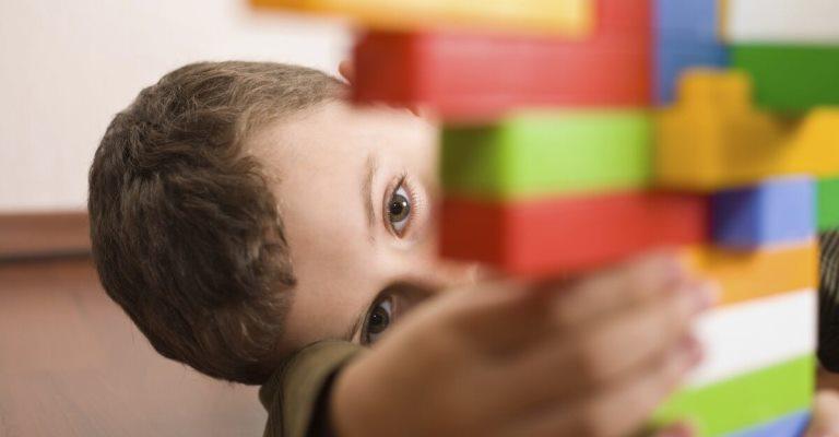 Aplicativo gratuito ajuda crianças com autismo