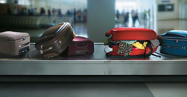 Justiça suspende cobrança por bagagem despachada