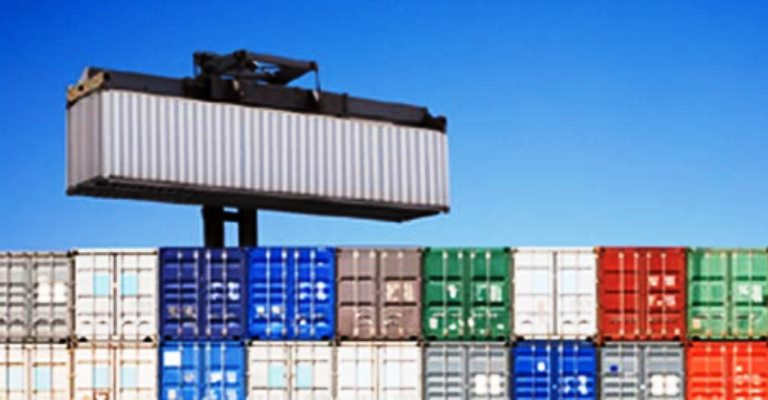 Volume de exportações cresce 12,5% em julho, diz FGV