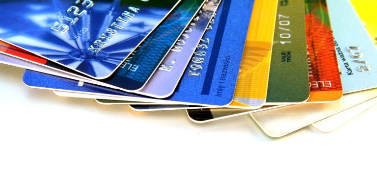 Usuários de cartão de crédito desconhecem valor da fatura