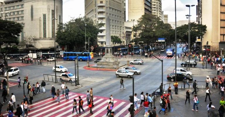Dia do Pedestre com poucos motivos para comemorar