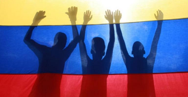 Colômbia e Farc anunciam cessar-fogo bilateral e definitivo