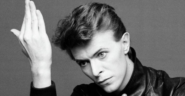 Documentário da BBC vai exibir canções raras de David Bowie