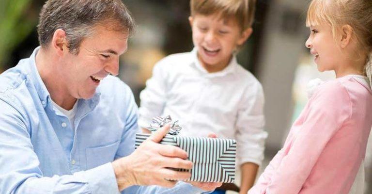 Crise pode afetar compra de presentes para o Dia dos Pais