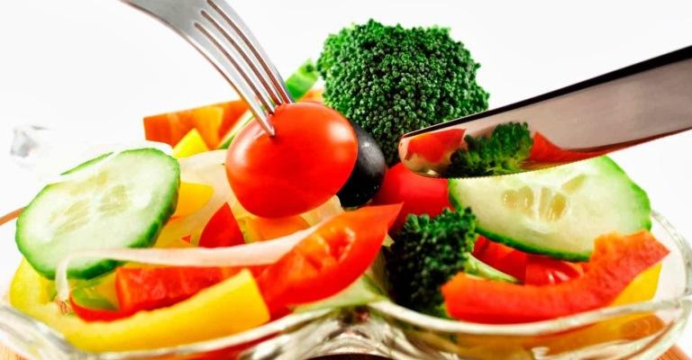 Conheça a dieta que pode fortalecer o sistema imunológico