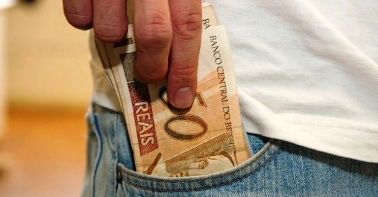 Receita libera pagamento do 5º lote da restituição do IR