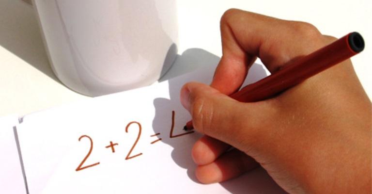 Mundo tem 758 milhões de adultos analfabetos