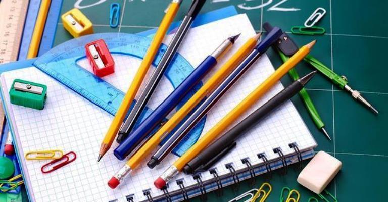 Atenção pais para reajustes de mensalidades escolares
