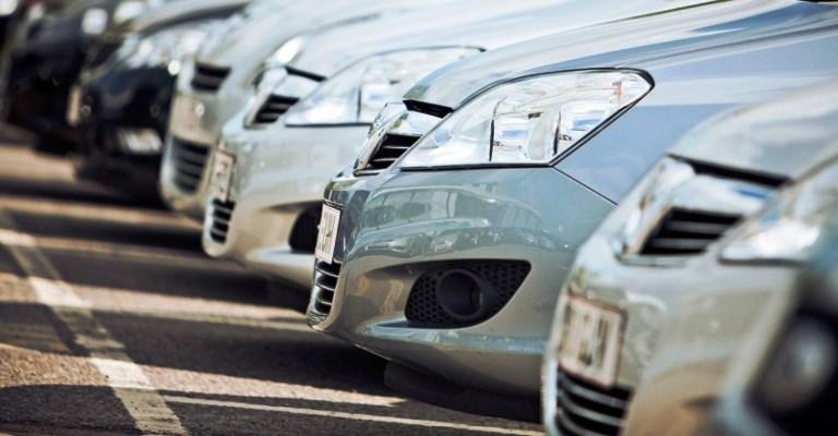 Governo de SP quer reduzir 25% da frota de carros